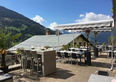 Terrasse du restaurant Chez Gaylord à Hauteluce
